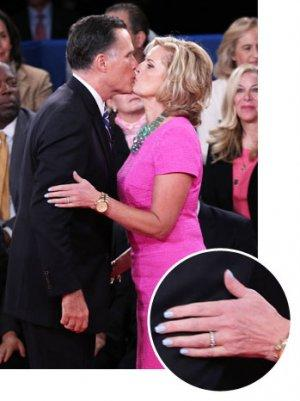 Ann Romney Mimics Michelle Obama's Blue Manicure Worn At The Democratic Convention (Poll)