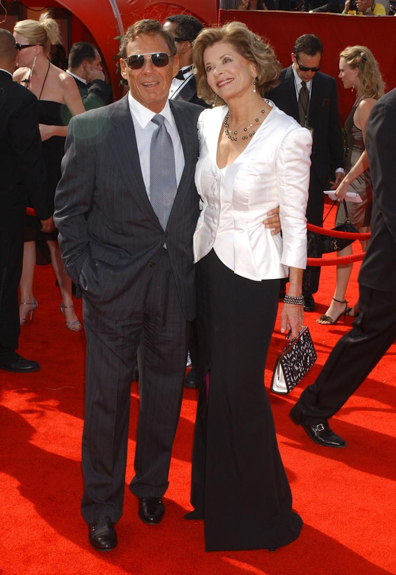 Ron Leibman and Jessica Walter at the Emmys in 2005 (Photo: Albert L. Ortega via Getty Images)