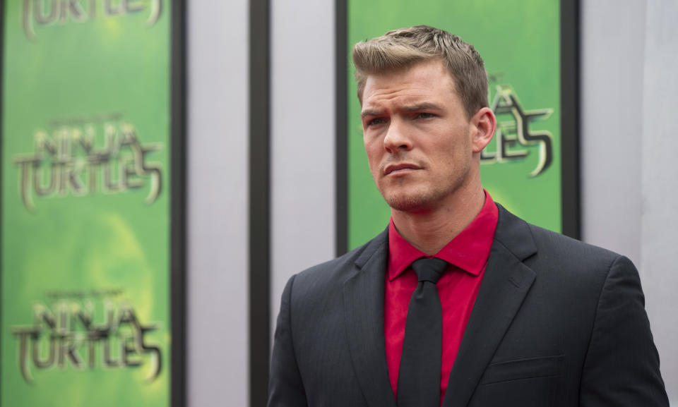 """Cast member Alan Ritchson poses at the premiere of """"Teenage Mutant Ninja Turtles"""" in Los Angeles, California August 3, 2014. The movie opens in the U.S. on August 8. REUTERS/Mario Anzuoni  (UNITED STATES - Tags: ENTERTAINMENT)"""