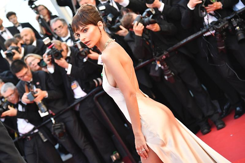 US model Emily Ratajkowski is one of the true Instagram queens of Cannes, with 13 million followers (AFP Photo/Alberto PIZZOLI)