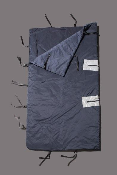 <p>But more importantly, it expands to form a sleeping bag or blanket. <i>[Photo: Jessica Richmond]</i></p>