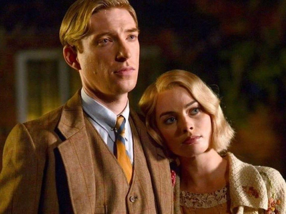 Domhnall Gleeson and Margot Robbie in the film.