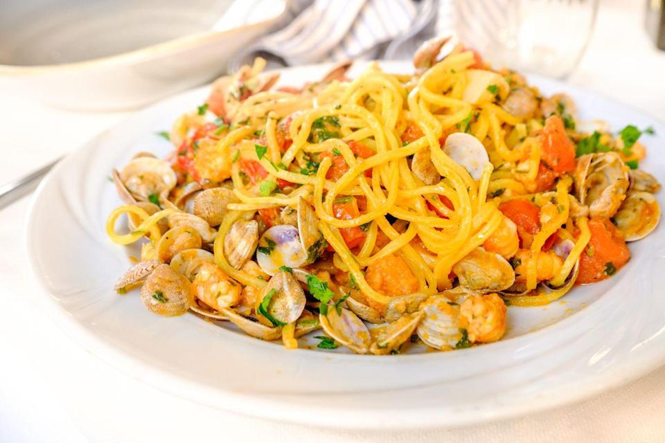 """<p>This spaghetti variant is great for most sauces, but a <a href=""""https://www.delish.com/uk/cooking/recipes/a30805576/beef-ragu-recipe/"""" rel=""""nofollow noopener"""" target=""""_blank"""" data-ylk=""""slk:ragù"""" class=""""link rapid-noclick-resp"""">ragù</a> or <a href=""""https://www.delish.com/uk/cooking/recipes/a30684940/seafood-pasta-recipe/"""" rel=""""nofollow noopener"""" target=""""_blank"""" data-ylk=""""slk:seafood sauce"""" class=""""link rapid-noclick-resp"""">seafood sauce</a> is a popular choice.</p>"""