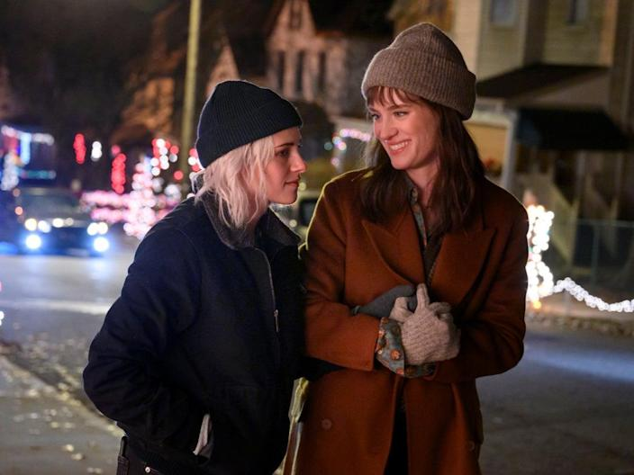 Rockin' around the Christmas LGBTree: Stewart and Davis play yuletide lovers in Happiest Season (Entertainment One)
