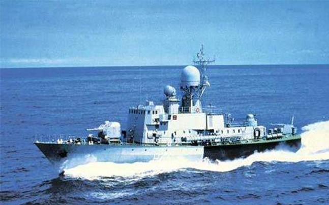 <p>Leaving private sector competitors behind, government shipyards -- Cochin Shipyard Limited and Garden Reach Shipyard Limited -- bagged the order to supply 16 anti-submarine warfare (ASW) craft to the Indian Navy. </p>