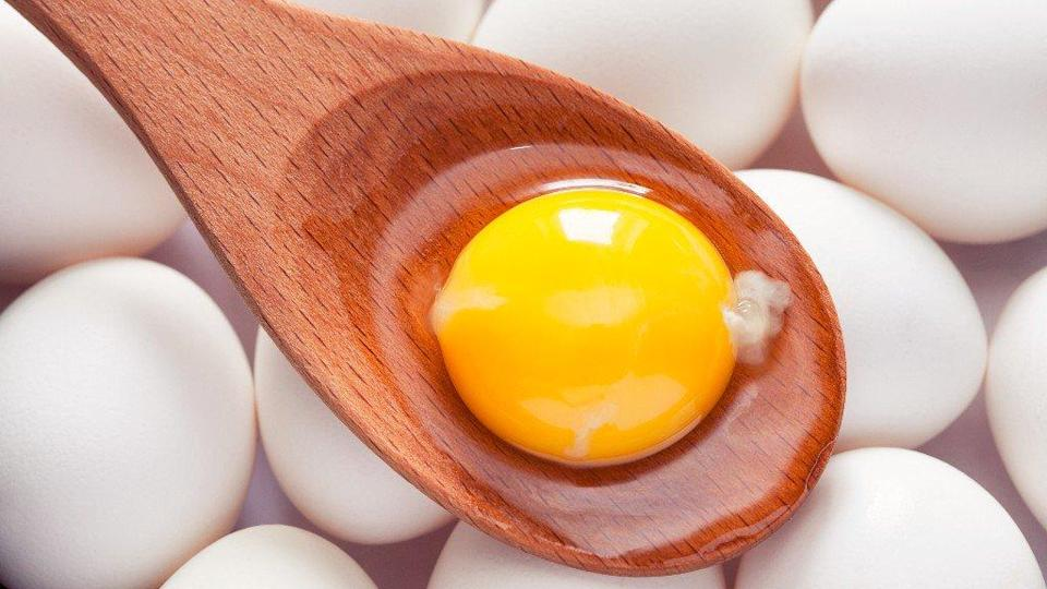 Eggs in breakfast help you keep your weight in check too!