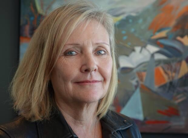 Coun. Diane Deans tabled a motion to have the city's general manager of emergency and protective services oversee a cohesive city-wide plan to mental health calls.