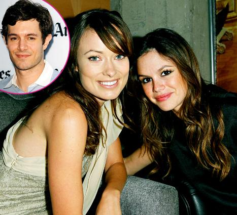 Adam Brody Rates Rachel Bilson And Olivia Wildes Kissing On The Oc