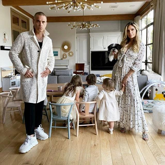 ayda-and-robbie-and-the-kids