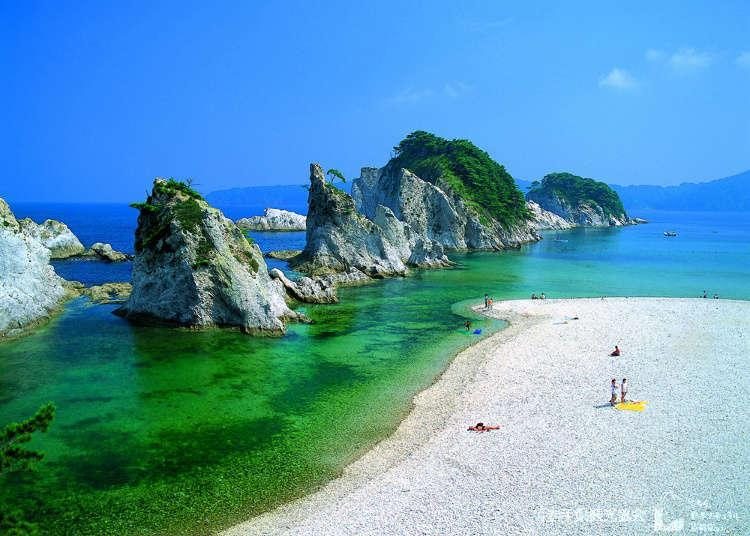 Lost in Another World! 6 Scenic Summer Seascapes in Tohoku