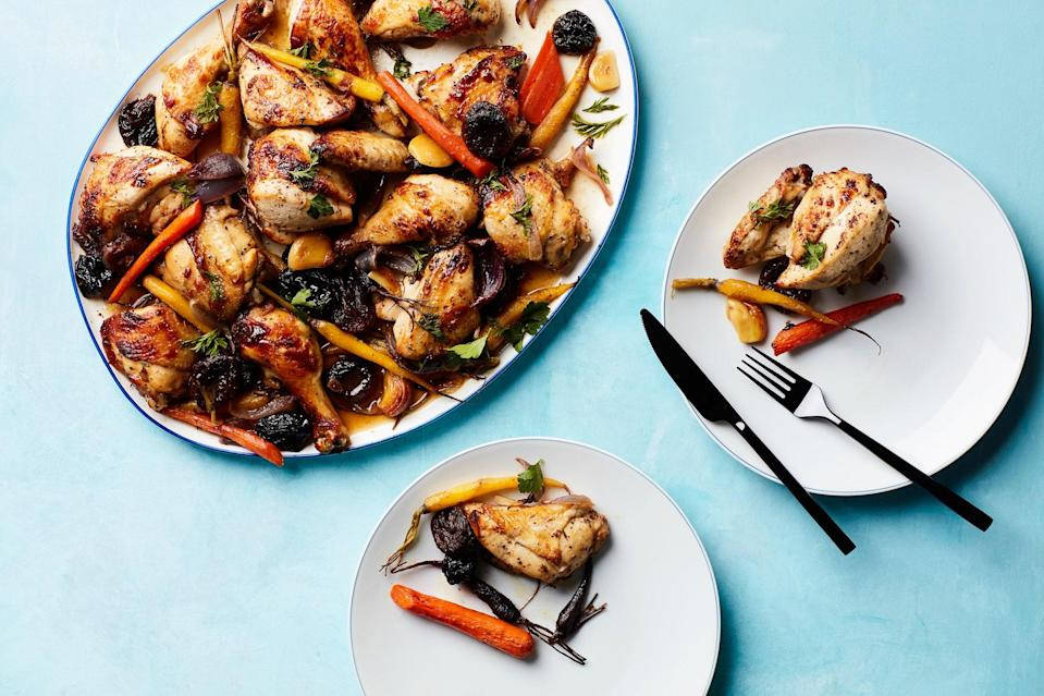 """Sheet-pan chicken for Passover just might be the best thing since, ahem, unleavened bread. <a href=""""https://www.epicurious.com/recipes/food/views/tzimmes-chicken-with-apricots-prunes-and-carrots?mbid=synd_yahoo_rss"""" rel=""""nofollow noopener"""" target=""""_blank"""" data-ylk=""""slk:See recipe."""" class=""""link rapid-noclick-resp"""">See recipe.</a>"""