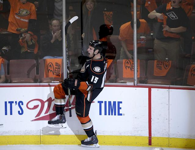 Anaheim Ducks' Ryan Getzlaf celebrates his goal against the Dallas Stars during the first period in Game 1 of the first-round NHL hockey Stanley Cup playoff series on Wednesday, April 16, 2014, in Anaheim, Calif. (AP Photo/Jae C. Hong)