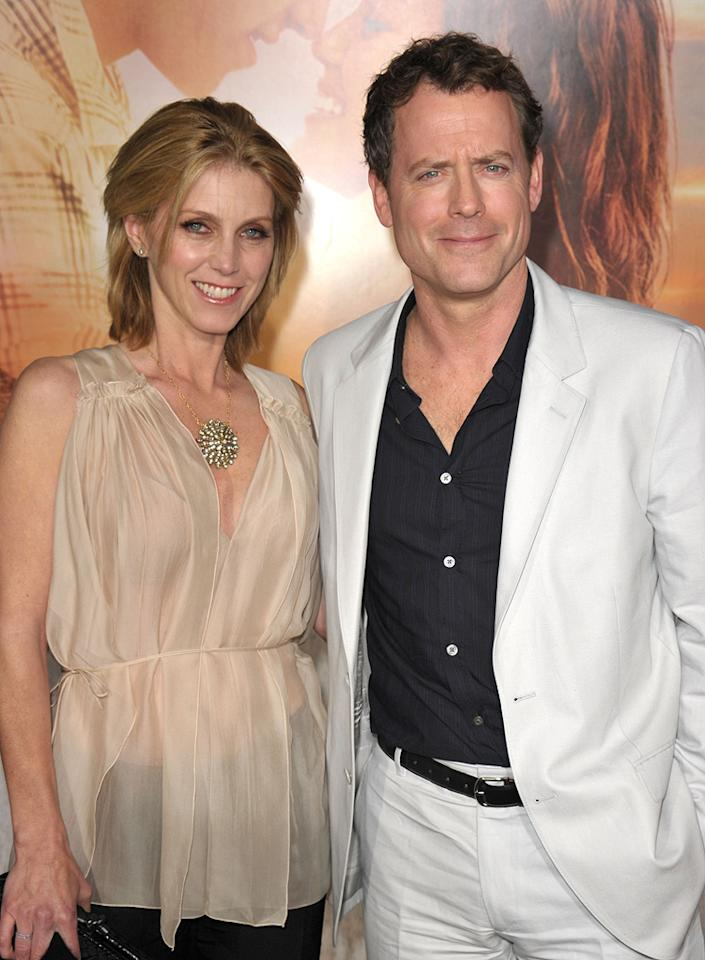 """<a href=""""http://movies.yahoo.com/movie/contributor/1800019194"""">Greg Kinnear</a> and wife at the Los Angeles premiere of <a href=""""http://movies.yahoo.com/movie/1810098775/info"""">The Last Song</a> - 03/25/2010"""