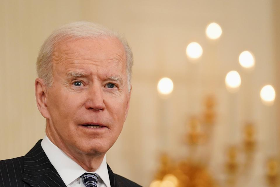 <p>US president Joe Biden delivers remarks on the state of the coronavirus disease (COVID-19) vaccinations from the State Dining Room at the White House in Washington, DC, 6 April, 2021. About 49 per cent adults in America identified with Joe Biden's Democratic Party </p> (REUTERS/Kevin Lamarque )