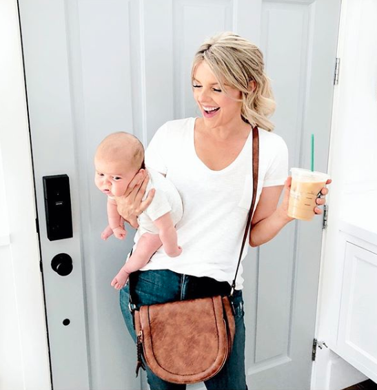 Fedotowsky-Manno is now a mom of two kids. (Photo: Ali Fedotowsky-Manno via Instagram)