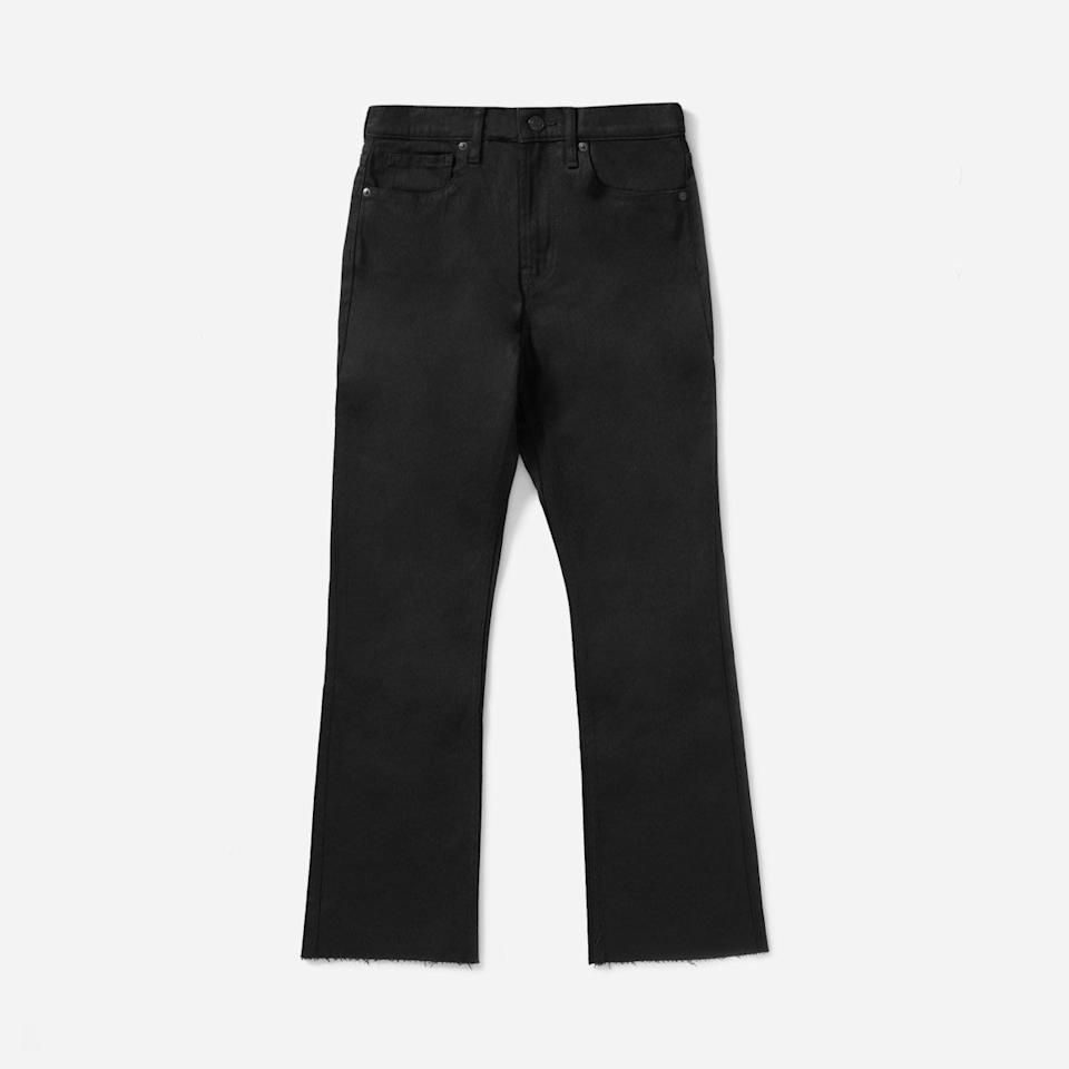 "<p>This pair is slim at the waist but has a frayed flare hem for a slightly '70s vibe.<br /><a rel=""nofollow"" href=""https://fave.co/2zw5V7F""><strong>Shop it:</strong></a> Everlane Kick Crop Jean, $50 (originally $78), <a rel=""nofollow"" href=""https://fave.co/2zw5V7F"">everlane.com</a><br /></p><p> </p><p></p>"