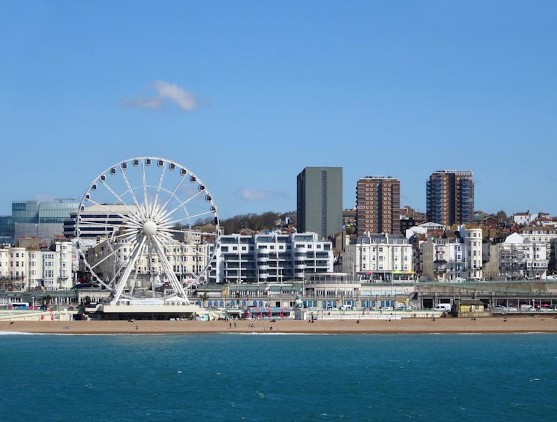 Photo showing the beachfront and sea in the centre of Brighton and Hove