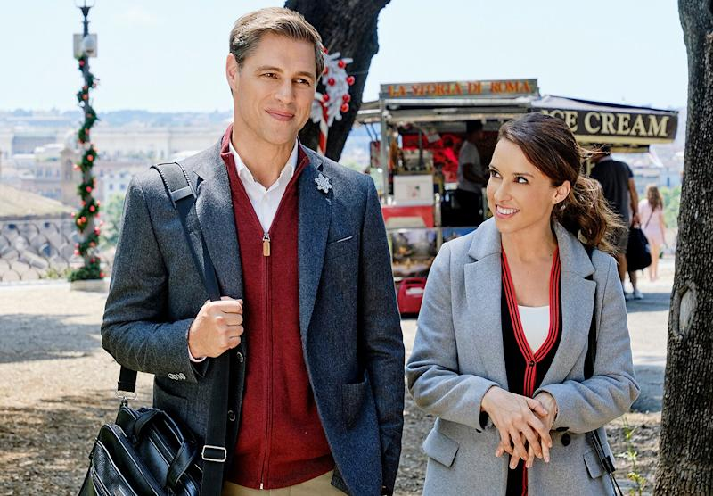 """Hallmark's """"Christmas in July"""" Movie Marathon Has Landed — Here's How to Stream It for Free"""