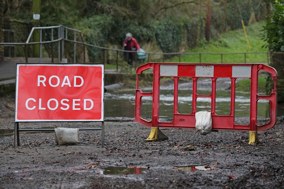 A road closed sign at a ford crossing near Middle Barton, Oxfordshire, as Storm Christoph is set to bring widespread flooding, gales and snow to parts of the UK. Heavy rain is expected to hit the UK overnight on Tuesday, with the Met Office warning homes and businesses are likely to be flooded, causing damage to some buildings. Picture date: Tuesday January 19, 2021. (Photo by Jonathan Brady/PA Images via Getty Images)