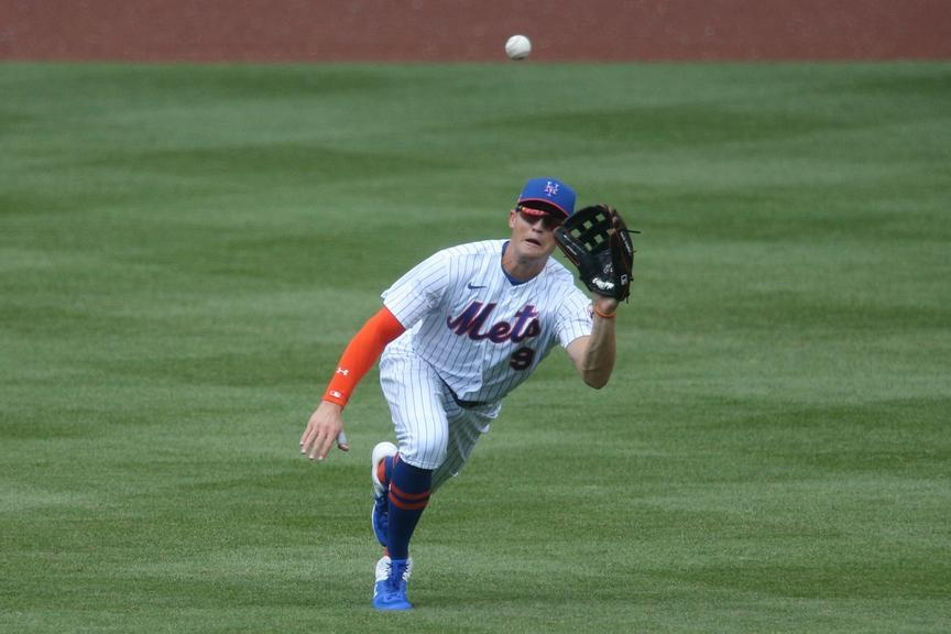 Nimmo diving in center field