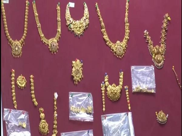 Hyderabad Police seizes gold ornaments worth Rs 1 crore. Photo/ANI