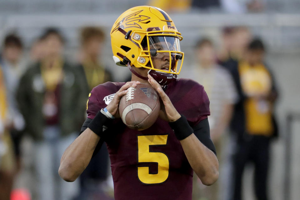 Arizona State and Jayden Daniels ruined Oregon's playoff hopes in 2019. (AP Photo/Matt York)