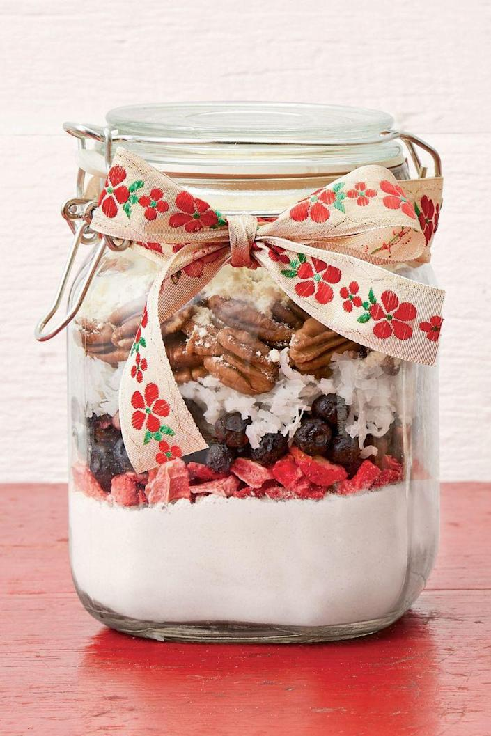 """<p>There's something so adorable about a gift that comes in a Mason jar. </p><p><strong><a href=""""https://www.thepioneerwoman.com/food-cooking/recipes/a34372020/berry-nut-pancake-mix-recipe/"""" rel=""""nofollow noopener"""" target=""""_blank"""" data-ylk=""""slk:Get the recipe."""" class=""""link rapid-noclick-resp"""">Get the recipe.</a></strong></p><p><a class=""""link rapid-noclick-resp"""" href=""""https://go.redirectingat.com?id=74968X1596630&url=https%3A%2F%2Fwww.walmart.com%2Fsearch%2F%3Fquery%3D1%2Bquart%2Bjars&sref=https%3A%2F%2Fwww.thepioneerwoman.com%2Fholidays-celebrations%2Fgifts%2Fg32307619%2Fdiy-gifts-for-mom%2F"""" rel=""""nofollow noopener"""" target=""""_blank"""" data-ylk=""""slk:SHOP 1-QUART JARS"""">SHOP 1-QUART JARS</a></p>"""
