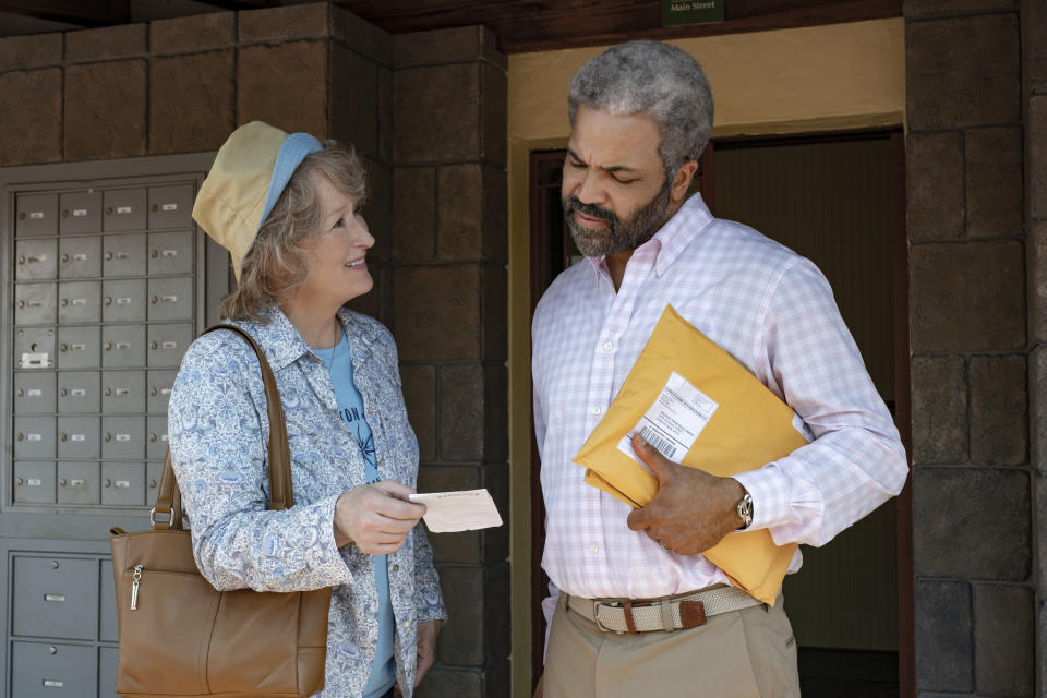 Meryl Streep and Jeffrey Wright in The Laundromat (Netflix)
