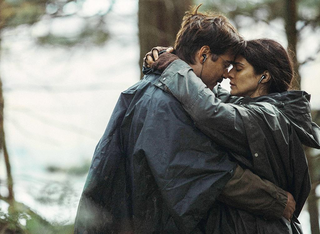 <p>Colin Farrell shuffles his way through a dreary romantic future — in which single people are either turned into animals or punished for being in secret relationships — in Yorgos Lanthimos's drolly out-there comedy about the inescapable misery of love. (Photo: Everett) </p>
