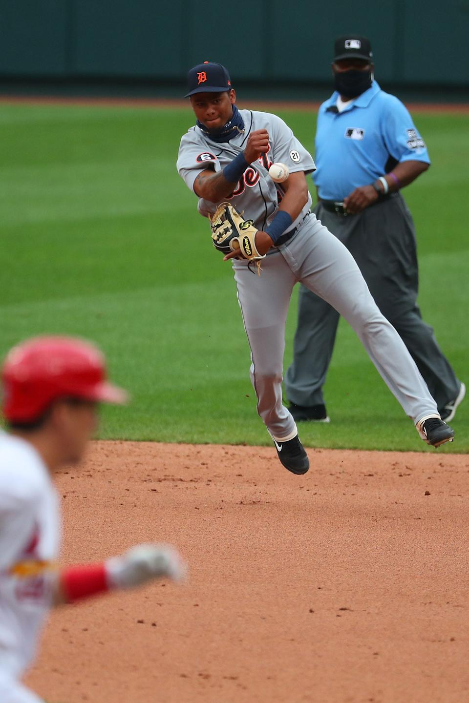 Tigers shortstop Sergio Alcantara throws to first base for an out against the Cardinals in the fifth inning of the 12-2 loss to the Cardinals in Game 1 of the doubleheader on Thursday, Sept. 10, 2020, in St Louis.