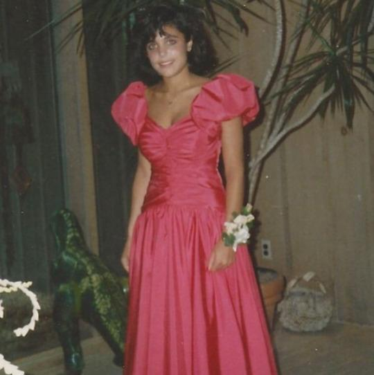 """<p>Gotta love '80s fashion trends! Bethenny Frankel sure did. """"In honor of prom season, here's my #promtbt — who else rocked the '80s puff-sleeved prom dress look?!"""" the <em>Real Housewives of New York City</em> star <a rel=""""nofollow noopener"""" href=""""https://www.instagram.com/p/nvRTQDNPCV/"""" target=""""_blank"""" data-ylk=""""slk:asked on Instagram"""" class=""""link rapid-noclick-resp"""">asked on Instagram</a> when she posted this totally awesome snap. (Photo: Instagram) </p>"""