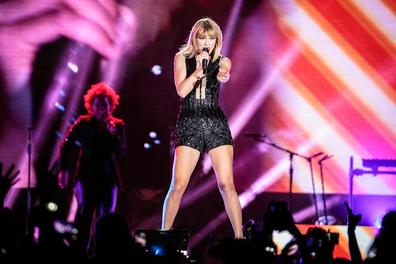 955f8e7bad21d Taylor Swift announces UK and Ireland dates for 2018