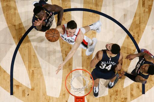 NEW ORLEANS, LA - MARCH 15: Zach Collins #33 of the Portland Trail Blazers shoots the ball against the New Orleans Pelicans on March 15, 2019 at the Smoothie King Center in New Orleans, Louisiana. (Photo by Layne Murdoch Jr./NBAE via Getty Images)