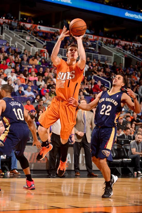 Dragic's career-high 40 leads Suns past Pelicans