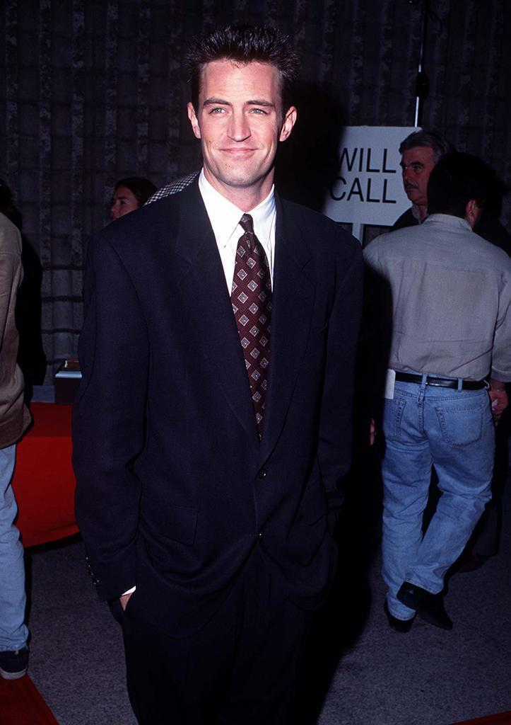 <p>Cox's future on-screen husband Matthew Perry also came out to support his <em>Friends</em> co-star. (Photo: Steve Granitz/WireImage) </p>