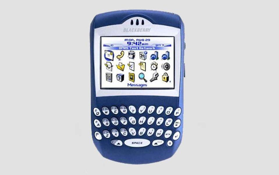 <p>One of the original BlackBerry handsets, the 6230 was incredibly popular thanks to its physical QWERTY keyboard and was the go-to phone for business people following its launch in 2003. (BlackBerry) </p>