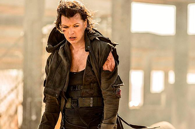Milla Jovovich en Resident Evil: El capítulo final (Ilze Kitshoff - © 2016 - Davis Films/Impact Pictures (RE6) Inc. and Constantin Film International, cortesía de Sony Pictures)