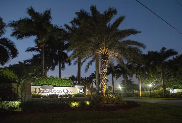 Hollywood, Fla. police swarmed the house of Antonio Brown on Tuesday. On Wednesday, police said Brown has locked himself in the house. (Michael Laughlin/Sun Sentinel/TNS)