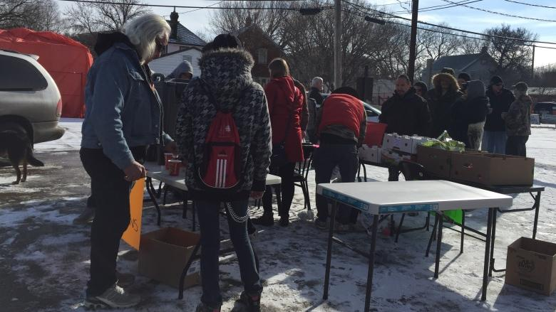 Local group spreads the love, offers free food and hugs