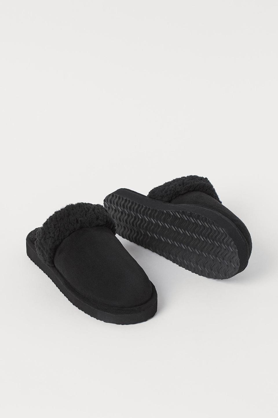 <p>These <span>Faux Fur-Lined Slippers</span> ($13) feature a comfortable and sturdy sole that ensures you feel good when walking in them.</p>