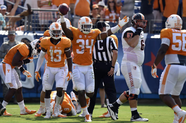 Tennessee linebacker Darrin Kirkland (34) combined for 111 tackles in his first two seasons. (AP Photo/Mark Zaleski)
