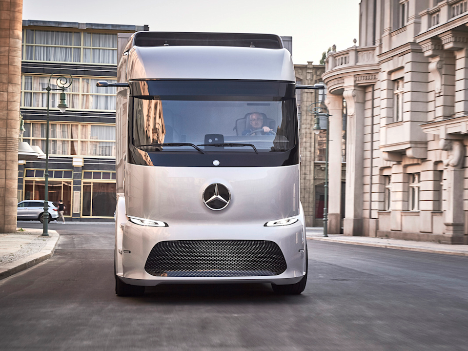 Daimler electric truck