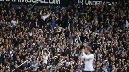 Britain Football Soccer - Tottenham Hotspur v Arsenal - Premier League - White Hart Lane - 30/4/17 Tottenham fans celebrate after the match Action Images via Reuters / Paul Childs Livepic