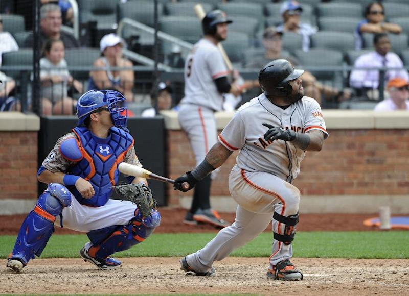 Sandoval's double in 9th sends Giants over Mets