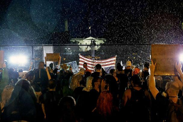 PHOTO: The White House is seen as people gather in the rain for a peaceful protest against police brutality on June 4, 2020 in Washington, D.C. (Sarah Silbiger/Getty Images)