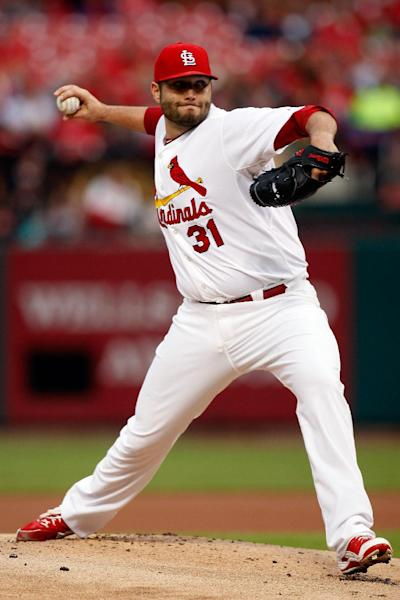 St. Louis Cardinals starting pitcher Lance Lynn throws during the first inning of a baseball game against the Atlanta Braves Friday, May 16, 2014, in St. Louis. (AP Photo/Scott Kane)