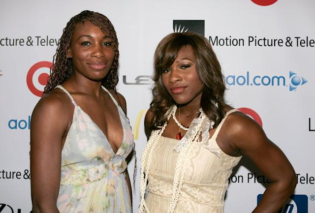 <p>Williams (right) went with a bold coppery eye shadow for this 2006 charity event, which highlighted her eyes without being super attention-grabbing. </p>