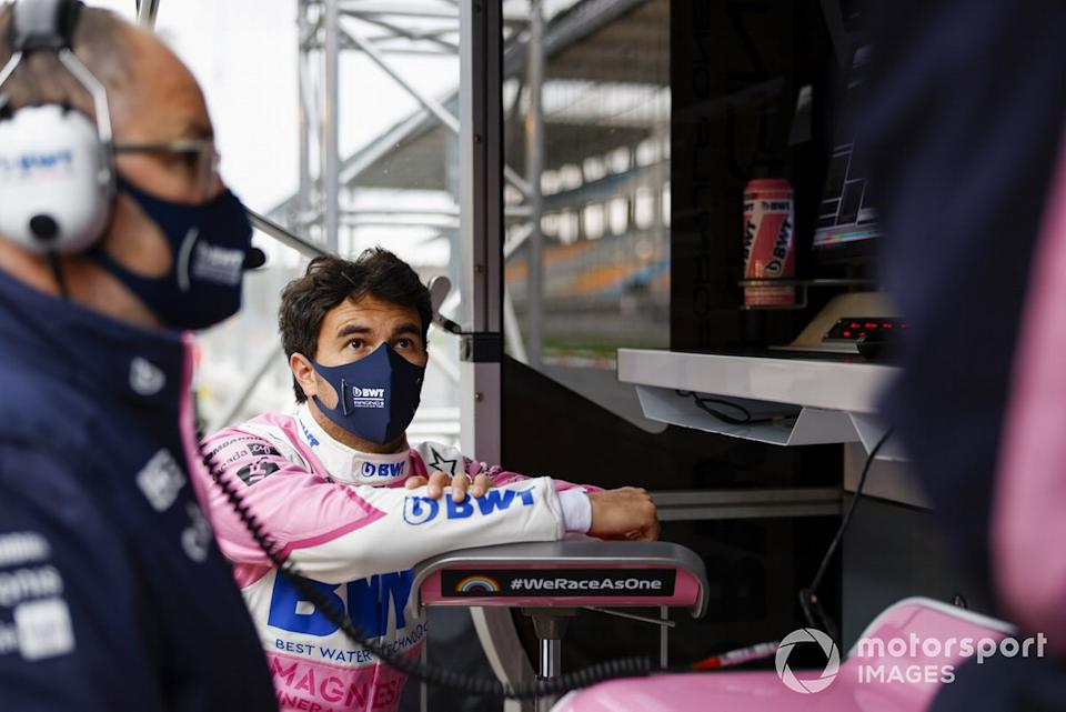 "Sergio Perez, Racing Point, on the pit wall<span class=""copyright"">Glenn Dunbar / Motorsport Images</span>"