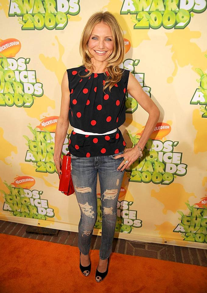 """Cameron Diaz arrives at """"Nickelodeon's 2009 Kids' Choice Awards"""" at UCLA's Pauley Pavilion on March 28, 2009 in Westwood, California."""