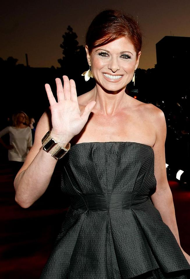 """<a href=""""/debra-messing/contributor/49886"""">Debra Messing</a> arrives at the 35th Annual People's Choice Awards held at the Shrine Auditorium on January 7, 2009 in Los Angeles, California."""